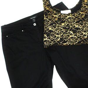 White House Black Market Black Crop Leg Pants